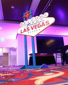 9ft Tall Las Vegas Sign Prop Casino Theme rental San Antonio, TX